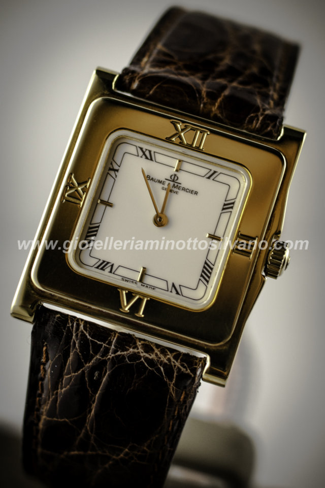 OROLOGIO in oro 18 kt BAUME & MERCIER 26 x 31.5 mm MOA05379